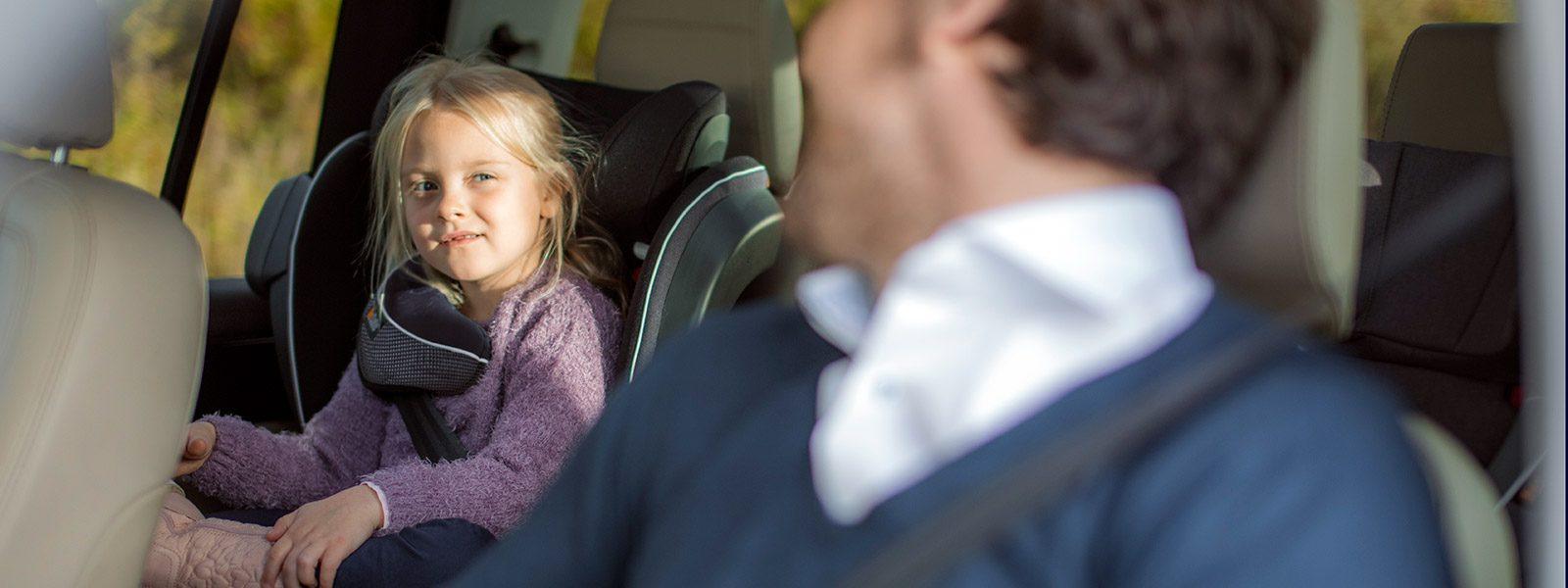 BeSafe iZi Flex FIX i-Size phase two booster seat